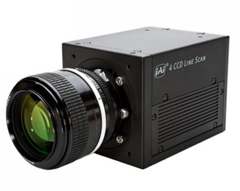 JAI 2001Q с объективом
